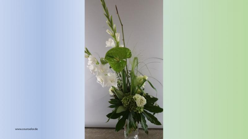 Blume-weiss-gruen